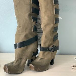 Jessica Simpson boots in fabulous condition!